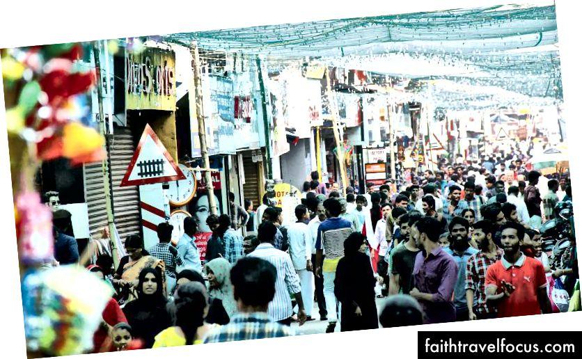 Ramzan alışveriş çılgınlığı bu temmuzda Kozhikode'ya çarptığında SM sokak doldu