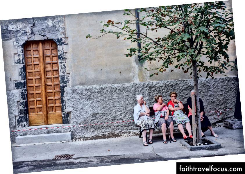 Чотири жінки в Cinque Terre