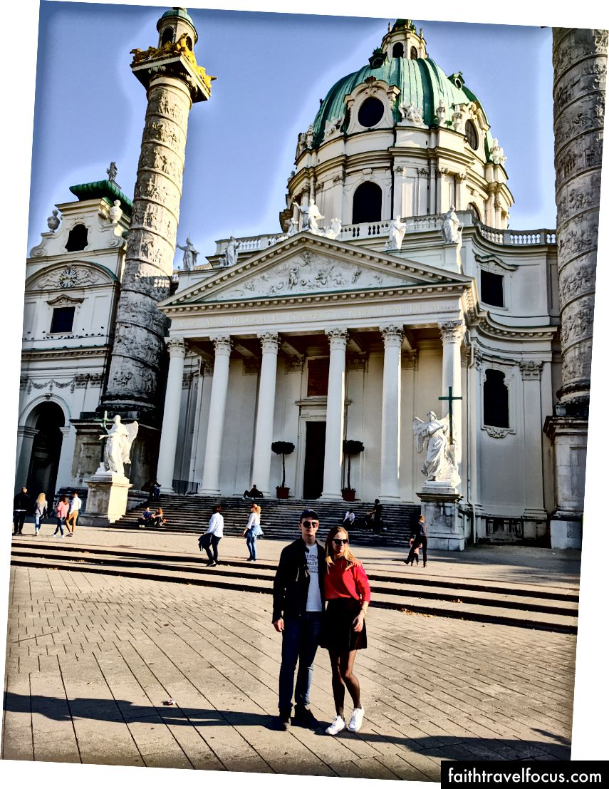Karlskirche veya Aziz Charles Kilisesi