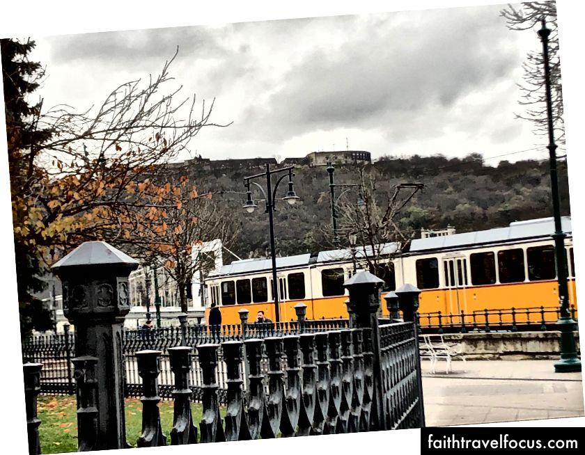 Трамвай 2, Будапешт