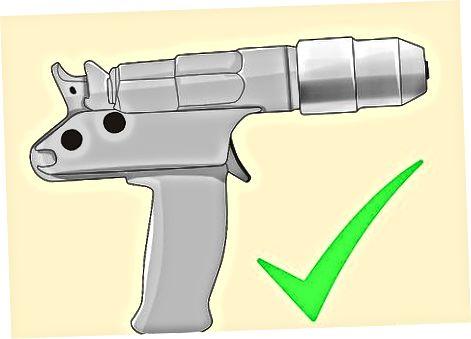 Upotrebom prodora pištolja s čepovima