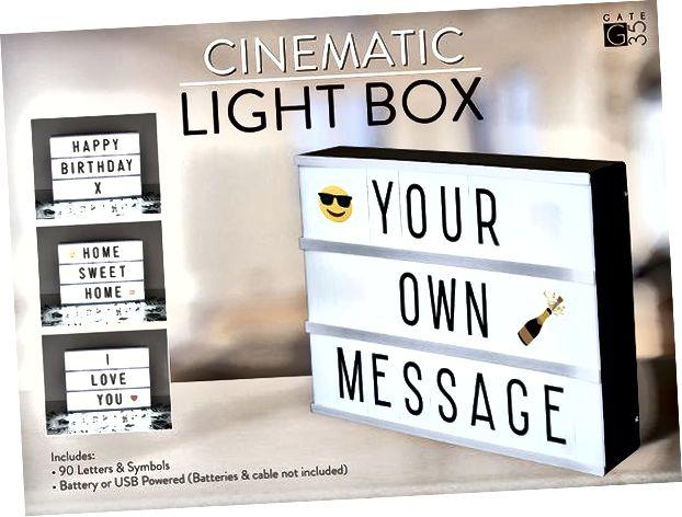 Personalizēta gaismas kārba un citas jaukas 1 gada jubilejas idejas