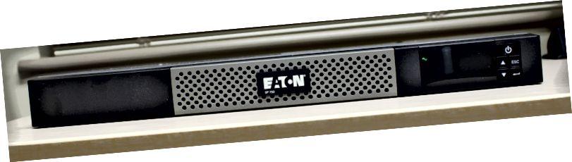 Eaton 5P750R Fram