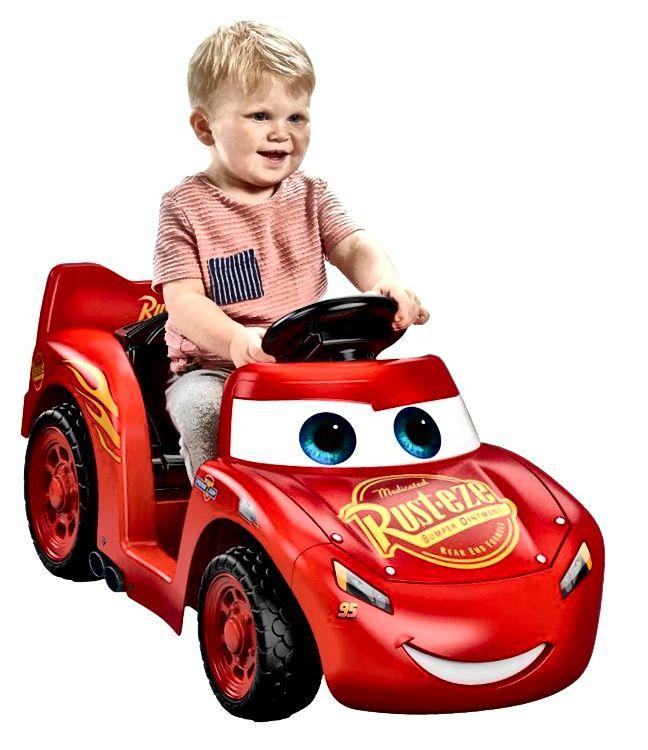 Rideon auto sjajni pokloni za trogodišnjeg dječaka
