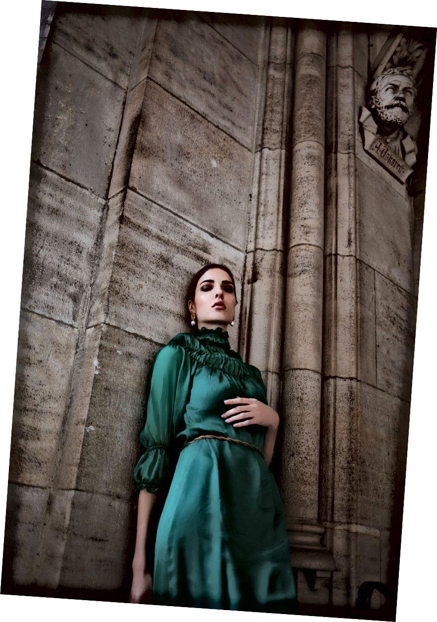 Des trägt das Ali-Kleid, Foto von: Romar Ferry