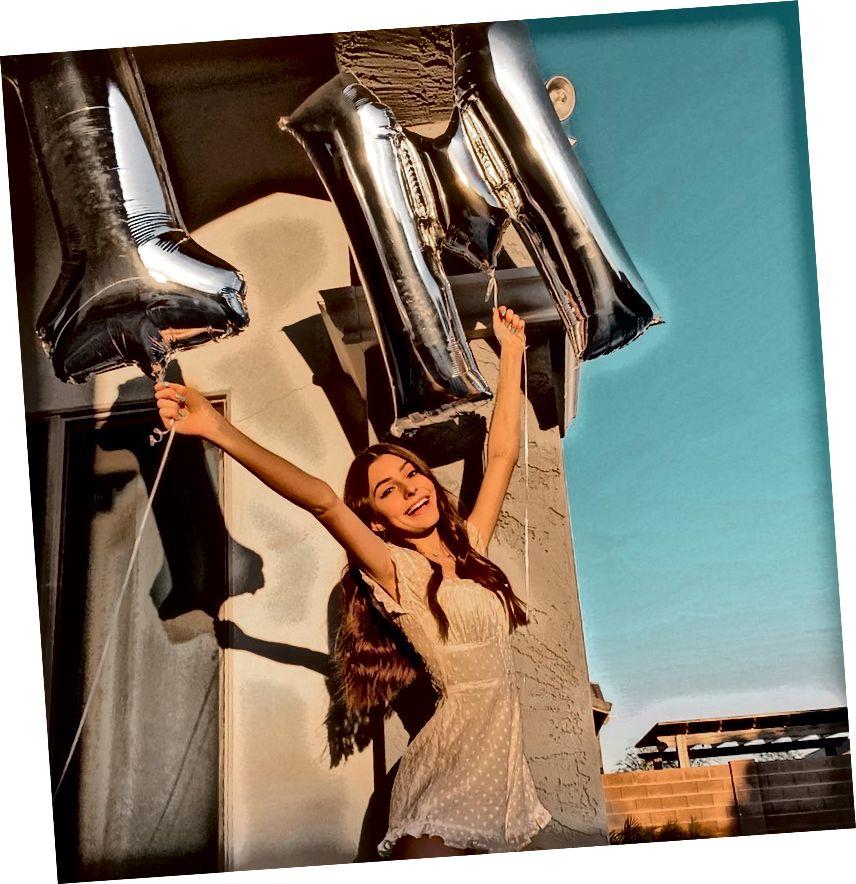 Jazlyn Robinson, en populär dansare på TikTok, träffade nyligen 1m följare och är känd för sina