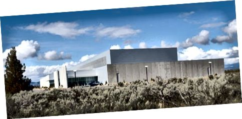 Primo data center di Facebook situato a Prineville, Oregon.