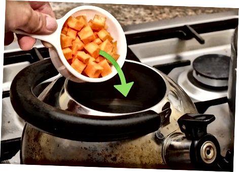 Använda en vattenkokare för ett större måltid