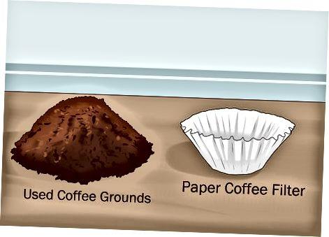 Lisage kohvipuru olemasolevale kompostihunnikule