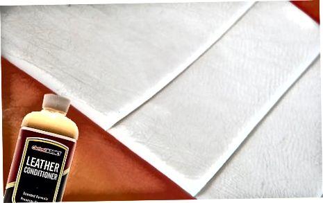 Använda diskmedel och vattenmetod (läderklädsel)