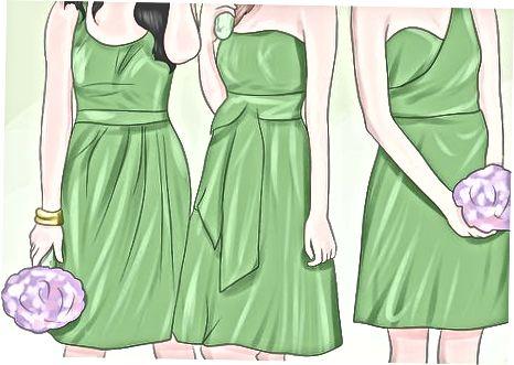 В поисках платьев, смокингов и колец