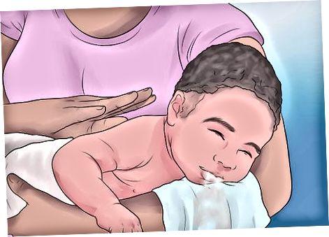 Menenangkan Bayi Gassy Anda dengan Bersendawa