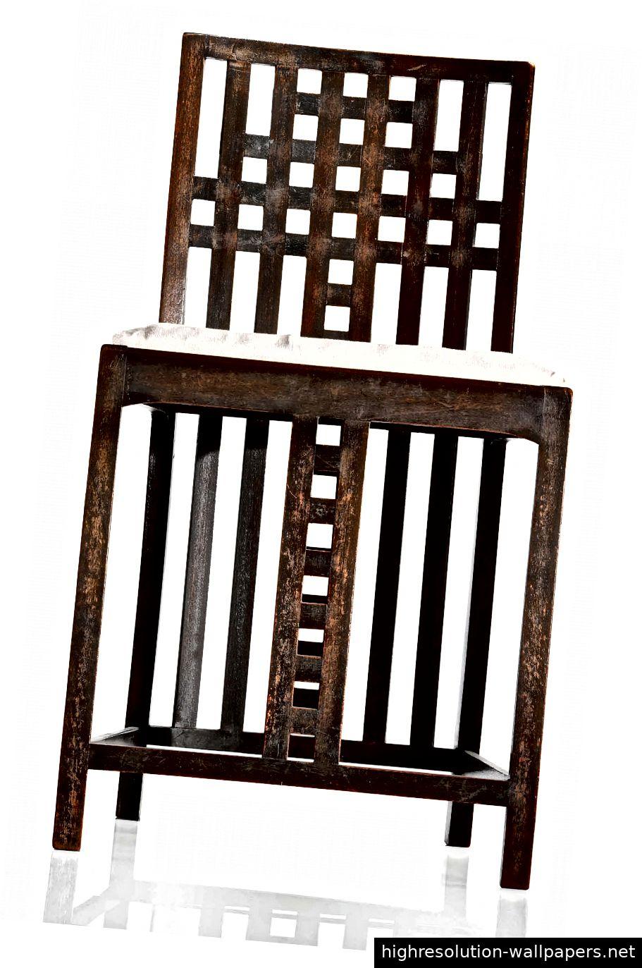 Dieser Stuhl ist einer von nur zwei dieser Gitterarbeit, die Mackintosh für Miss Cranston im Rahmen der Renovierung von Hous'hill in Nitshill, Glasgow, 1904 entworfen hatte.