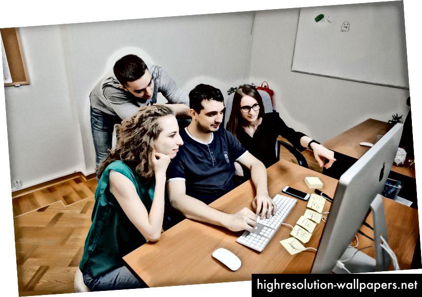 uKit.com tervező csapat.