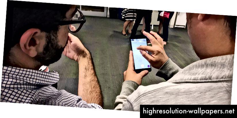 Set ovenfor: Personlig brugervenlighedstest af vores app's AR-drevne 'View In Room' -funktion, der blev udført under Wayfair's