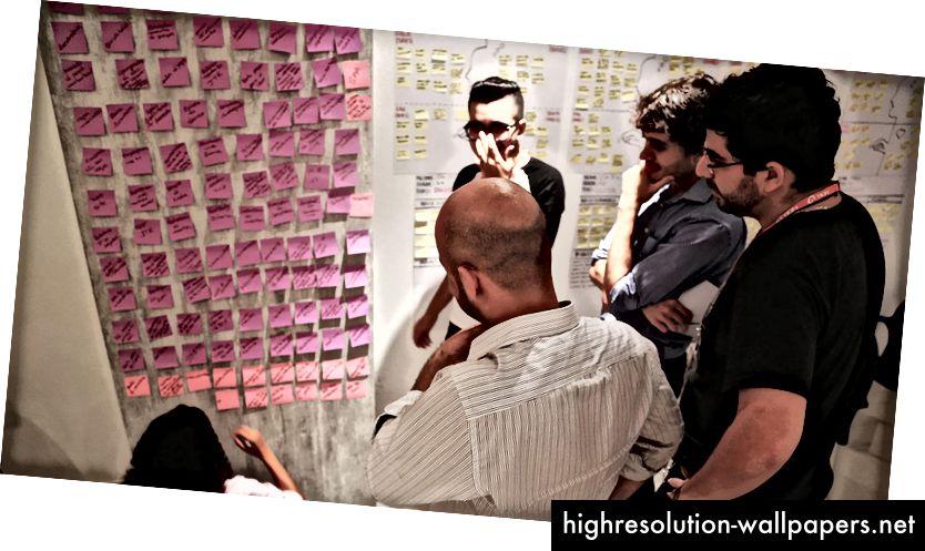 Sastanak mozga (razlaz) tijekom treninga dizajnerskog razmišljanja u Brazilu
