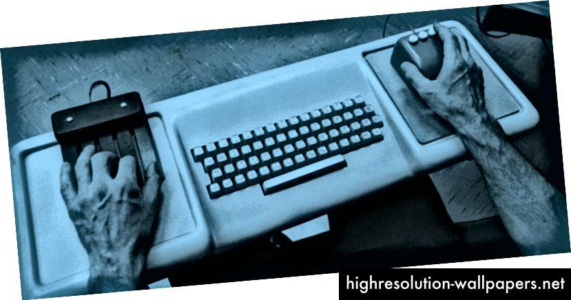 Doug Engelbart brugte en mus i højre hånd og et tastesæt i venstre