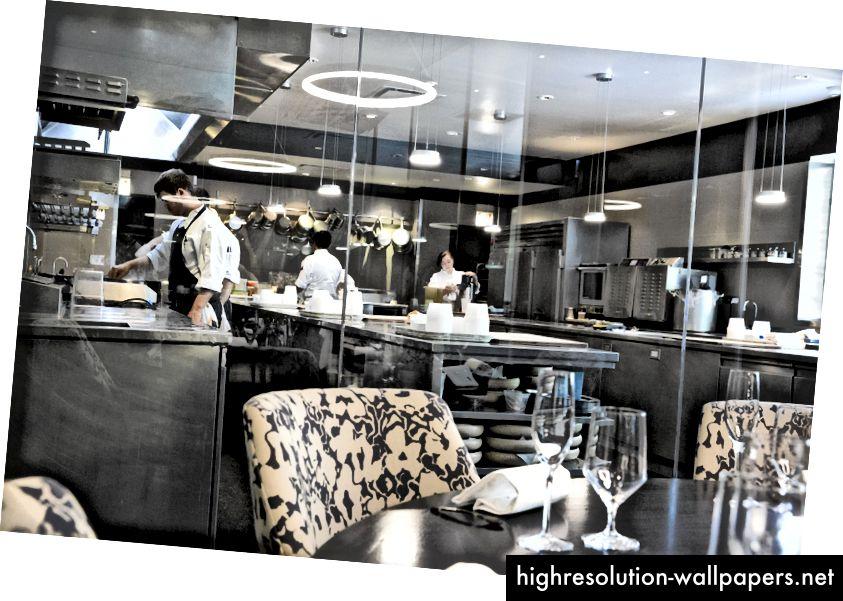 Köök on nii puhas, et nad lasevad patroonidel valvata!