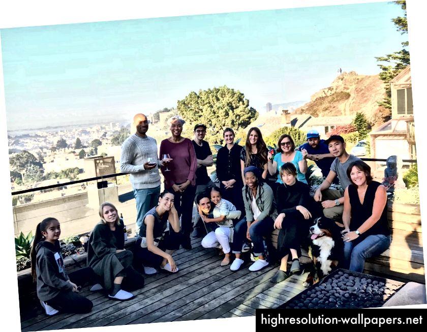 Equipo de producción en el set de Aura Frames. San Francisco, octubre de 2017. (Crédito de la foto: Brittany Sterling)