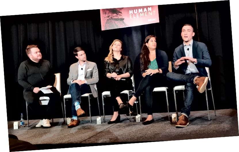 Vasemmalta oikealle: CNN: n Donie O'Sullivan, Facebookin Nathaniel Gleicher, Graphikan Camille Francois, Googlen Toni Gidwani, Twitterin Yoel Roth