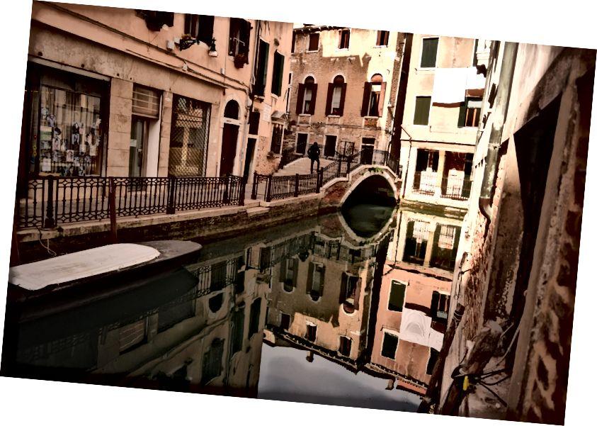 Autio Venetsian kanava: kuvan laatija