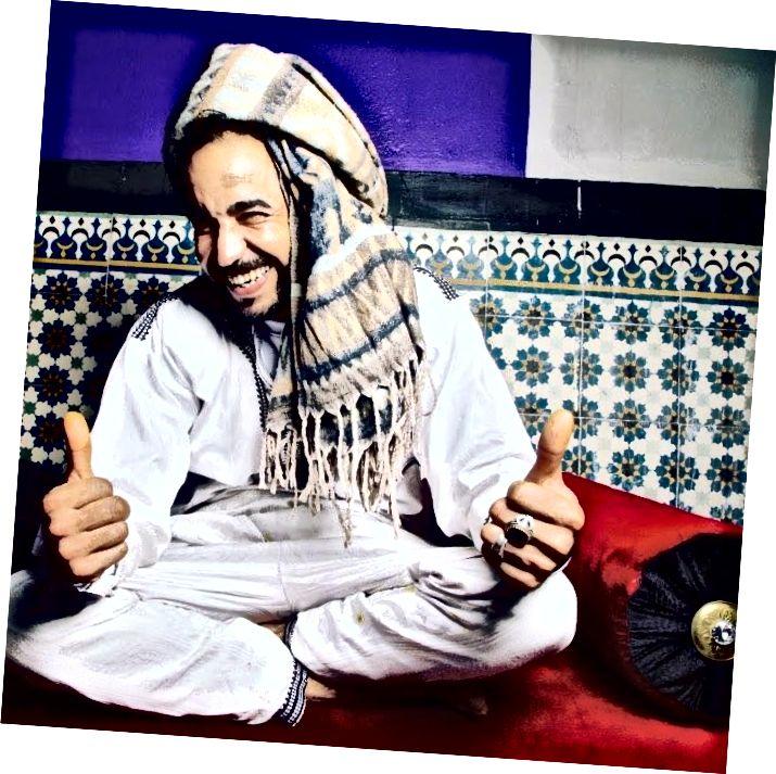 Samir, en av de älskvärda värdarna på Hostel Skyfall