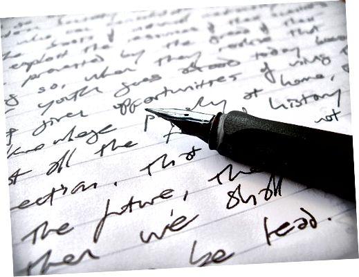 Att använda penna och papper  är mycket effektivare för den här övningen än att skriva.
