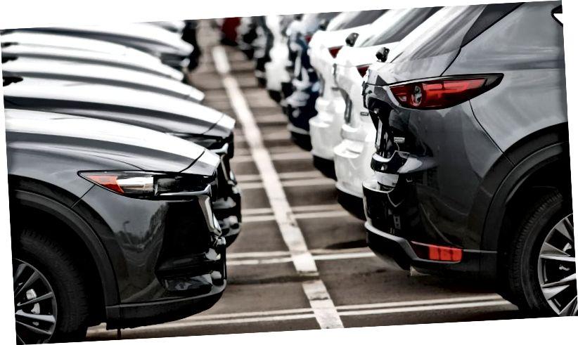 Az előttünk álló kihívások ellenére az ipari bennfentes becslések szerint továbbra is megnövekszik az autókereskedelem. (Fotó: AP)