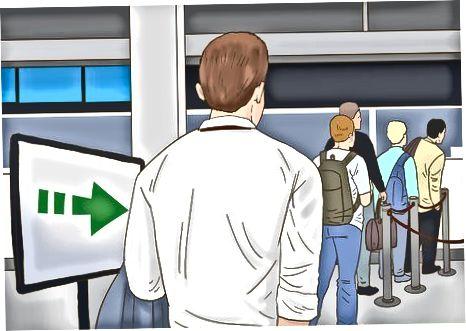 Pasport nazorati orqali borish