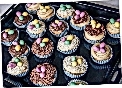 Að búa til cupcakes