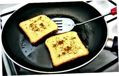 Kaneel toast met ahornsiroop