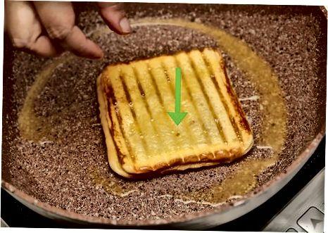 Monte Kristo Xem va pishloq sendvichini tayyorlash