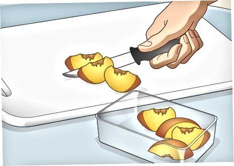 Pjaustykite arba trinkite minkštus vaisius
