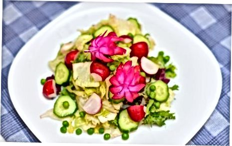 Dekoravimas sodo salotos