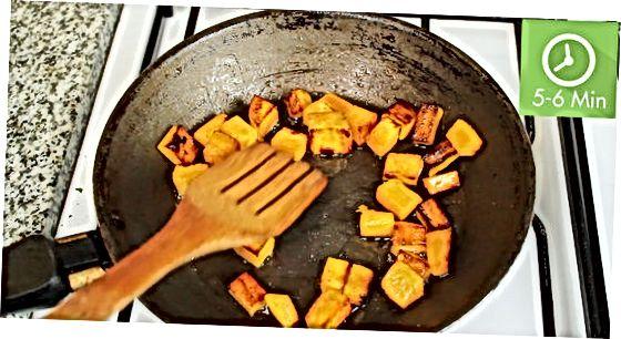 Mit der gewürfelten Süßkartoffel