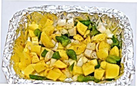 Припрема печених кромпира и здјела од јаја