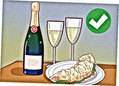 Piftimi i ushqimit dhe pijeve me karavidhe