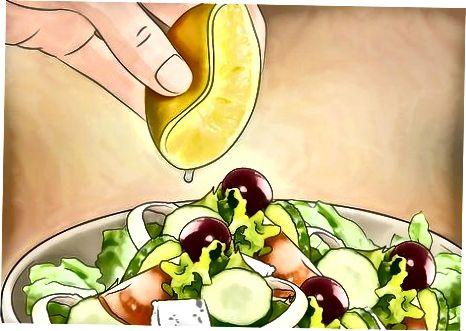 Duke maskuar shijen e ushqimit
