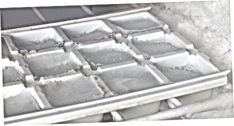 שימוש בסודה קלאב להכנת קרח