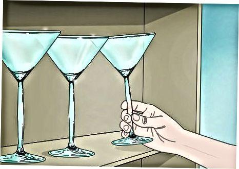 Постављање чаша за пиће и десерте