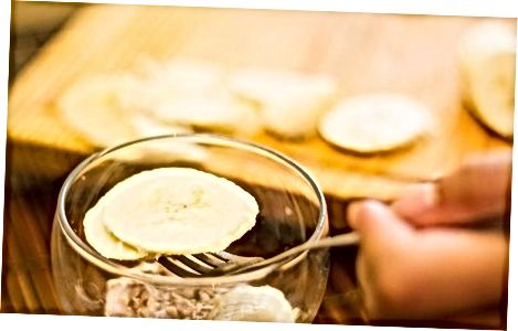 Sammansätta banan yoghurt parfait