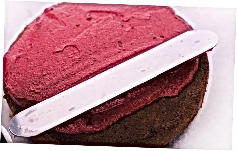 Влажный и пушистый шоколадный торт