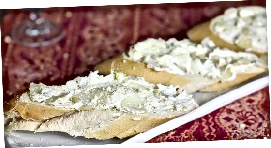 Pamamaraan Tatlo: Oven-Baked French Onion Dip