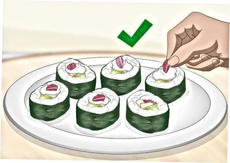 Valgyk ir supjaustyk savo suši