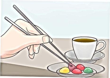 Grünen Tee mit einer Mahlzeit