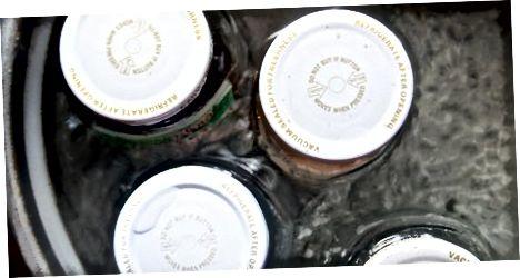 Omaka za stekleničenje s toplo kopeljo
