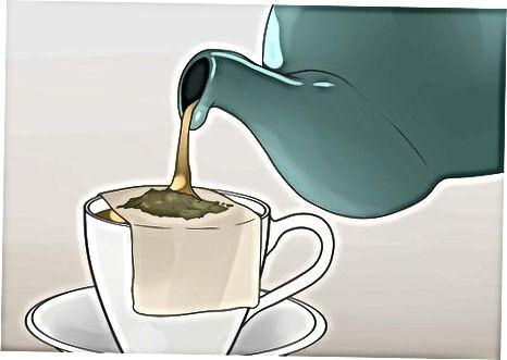 Grünen Tee brauen und servieren