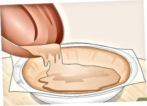 Pishiriqsiz shokoladli karamel pirogi