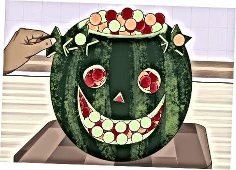 Додавання фруктових куль і додаткових прикрас
