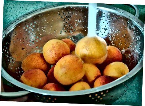تهیه میوه